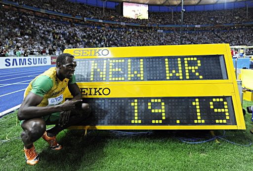 usain-bolt-200m-world-record-19-19-jamaica-berlin