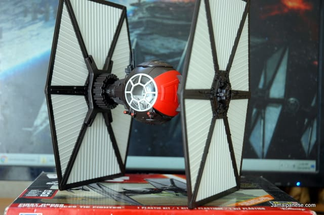Star_Wars_First_Order_Special_Forces_TIE Fighter_8
