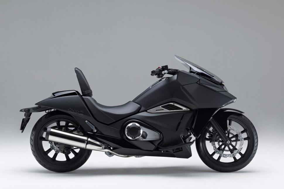 honda-nm4-vultus-motorycle-2