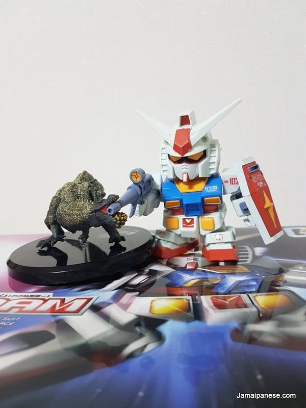 RX-78-2 Gundam vs Monster Hunter Deviljho